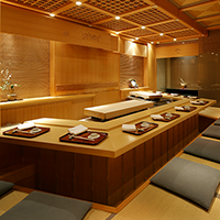 Kotatsu built into the floor counter 11 seats